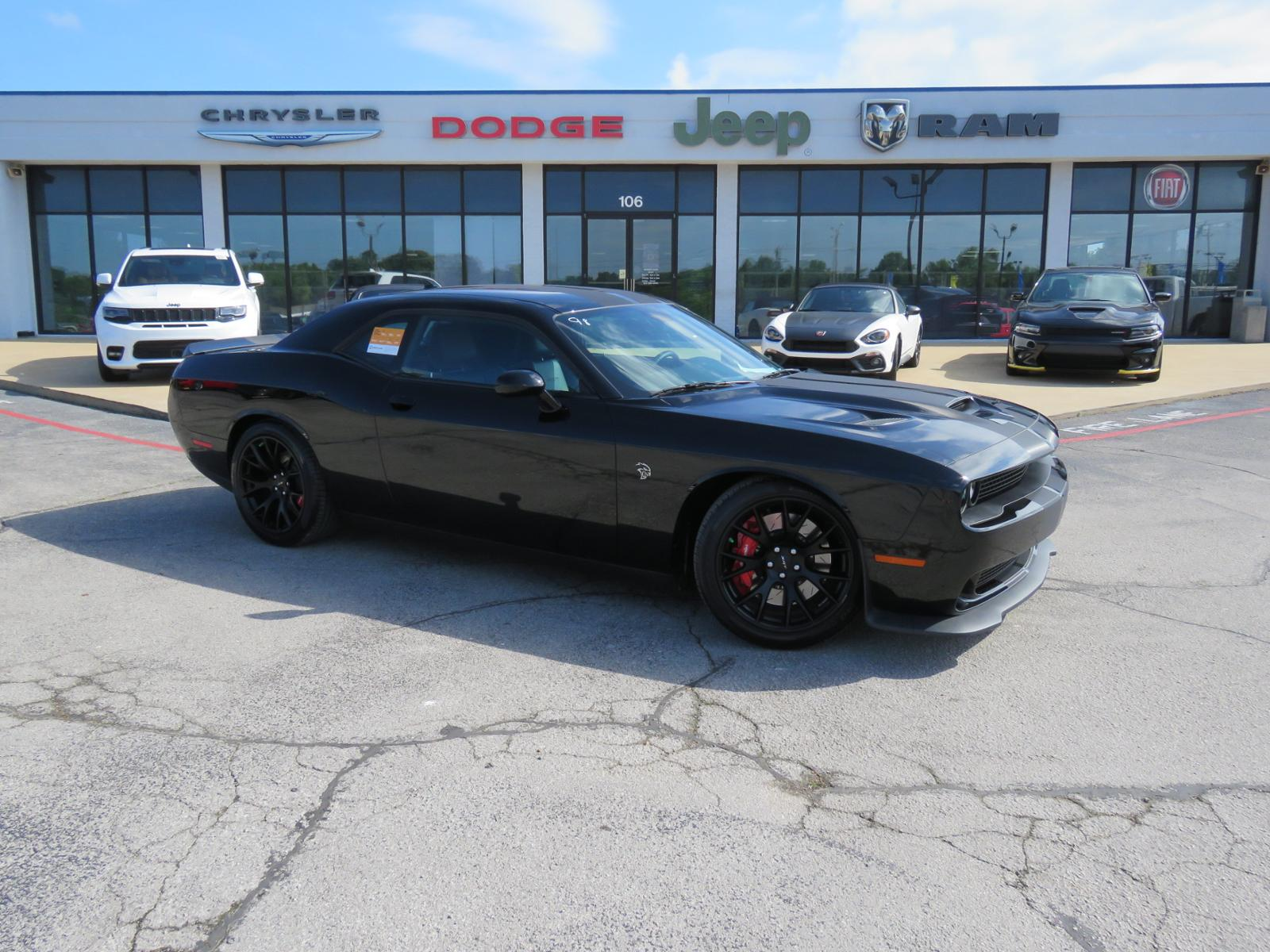 Hellcat Challenger For Sale >> Pre Owned 2016 Dodge Challenger Srt Hellcat 2d Coupe For Sale